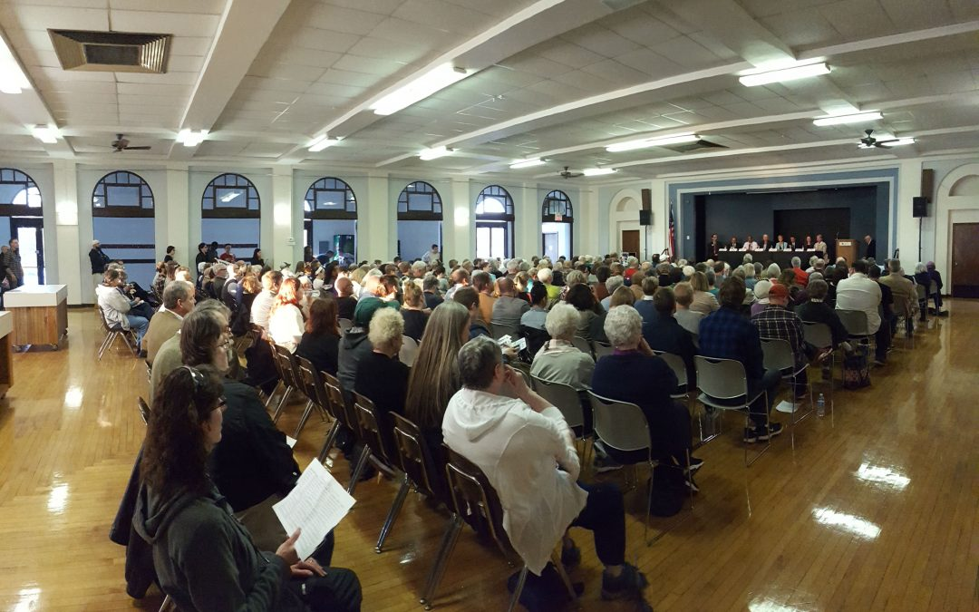 More than 300 Attend Lincoln City Election Candidate Forum